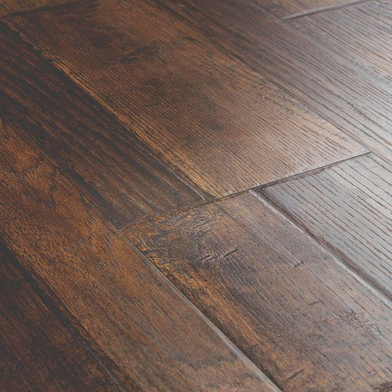 Pergo Outlast+ Somerton Auburn Hickory 10mm Thick x 7-1/2 in. Wide x 47-1/4 in. Length Laminate Flooring (549.64 sq. ft.)-LF000958P